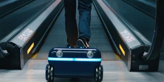 İnsanı takip eden robotik bavul yaptılar!
