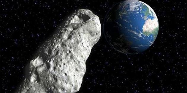 Devasa asteroid 'teğet geçti'