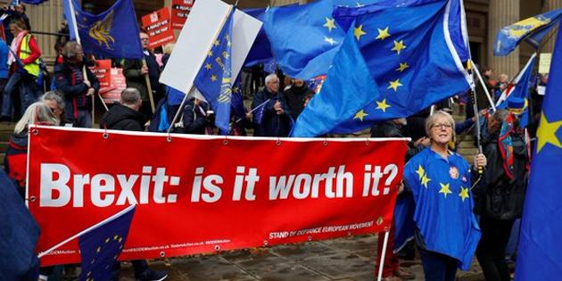 Brexit için 2. referandum dahil 'tüm seçenekler masada'