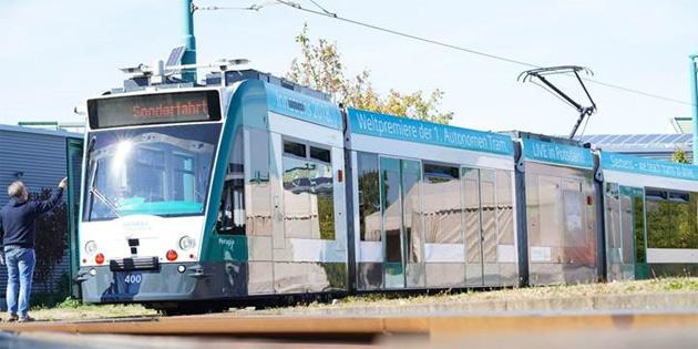 Dünyanın ilk otonom tramvayı Almanya'da hizmete giriyor
