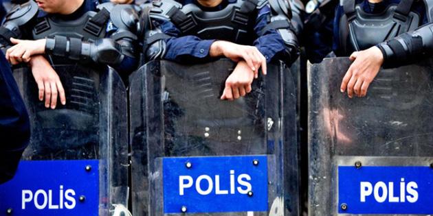 FETÖ Bağlantısı Sebebiyle 11 Bin Polis Açığa Alındı