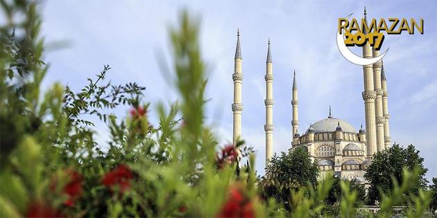 Türk liderlerinden ramazan mesajları