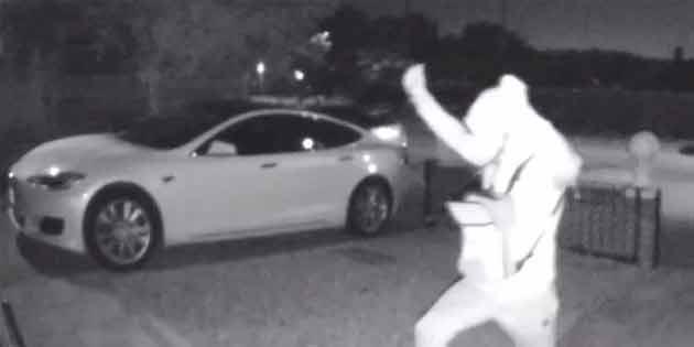 Hırsızlar Tesla aracı 30 saniyede çaldı