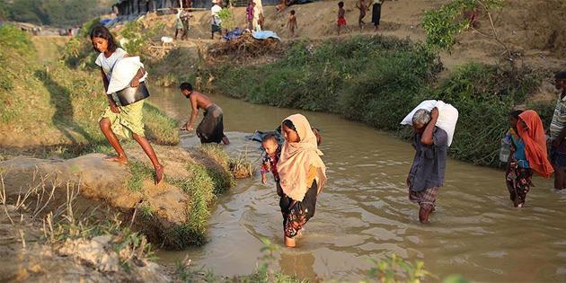 Bangladeş'e sığınan Arakanlı Müslümanların sayısı 480 bine ulaştı