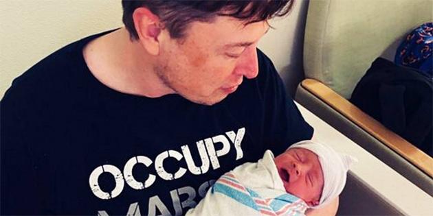 Elon Musk, bebeğinin adını değiştirdi!