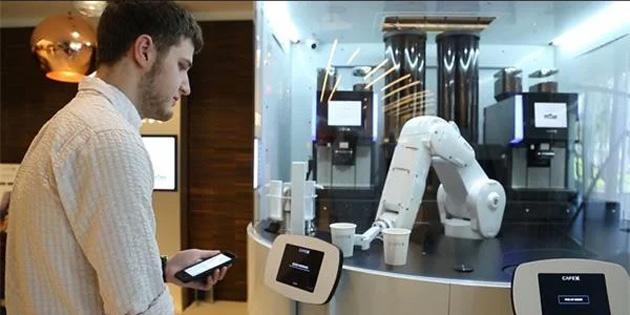 Güney Kore'deki Kafelerde Robot Baristalar Kullanılmaya Başlandı