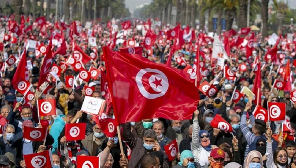 Tunus'un eski Cumhurbaşkanı Merzuki Cumhurbaşkanı Said'e yönelik protestolara destek verdi