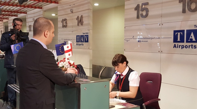 Gürcistan'dan Schengen'e vizesiz seyahat başladı