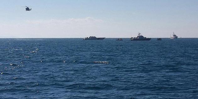 Yunanistan'da savaş uçağı düştü