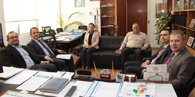 DPÖ Müsteşarı Ödül Muhtaroğlu, Kıbrıs Türk Sanayi Odası ve Kıbrıs Türk Otelciler Birliği yetkileriyle bir araya geldi