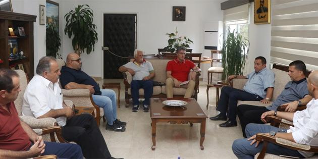 Başbakan Yardımcısı Denktaş, Kıbrıs Türk Benzinciler Birliği heyetini kabul etti