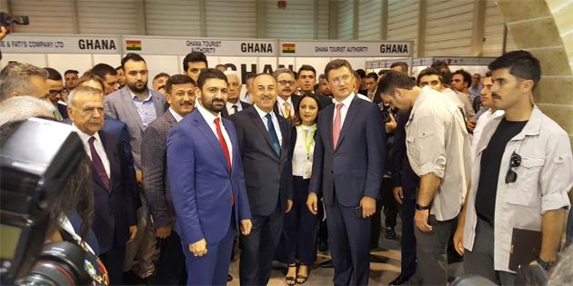 Atun İzmir Fuarının açılış törenine katıldı