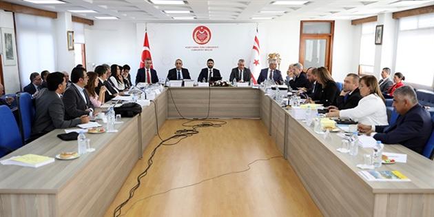 Komite gündeminde bugün Eğitim Bakanlığı ve Sivil Savunma bütçesi var