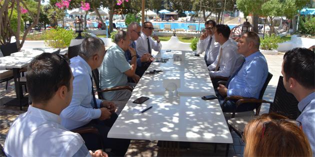 """""""Otelciliğin gelişmesi turizmin gelişmesi için şart"""""""