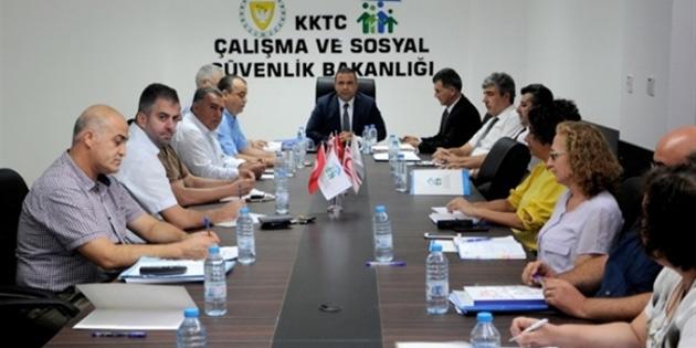 Asgari Ücret Tespit Komisyonu, Türk-Sen'in itirazını reddetti