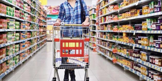 """Marketler Birliği: """"Kuzey Kıbrıs, Güneye göre yüzde 45 daha ucuz"""""""