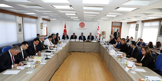 Sağlık ile Turizm ve Çevre Bakanlığı bütçeleri ele alınıyor
