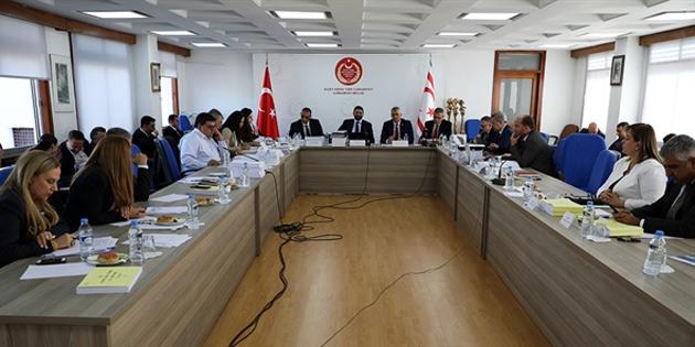 Meclis ve Kamu Hizmeti Komisyonu bütçeleri komiteden geçti