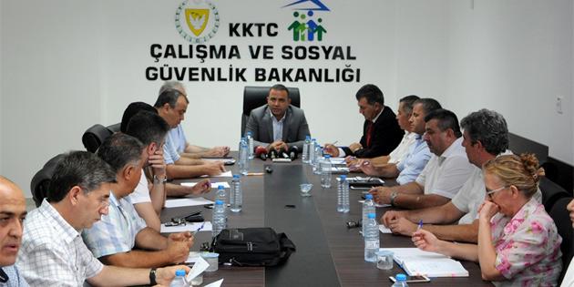 Yeni Asgari Ücret dördüncü toplantıya kaldı