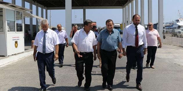 Maliye Bakanı Denktaş, Girne Turizm Limanı'nda incelemelerde bulundu