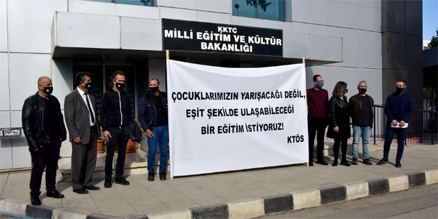 KTÖS, kolejlere giriş sistemini eğitim bakanlığı önünde eylemle eleştirdi