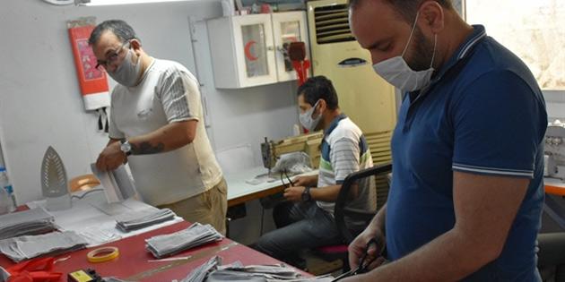 Girne Belediyesi kendi maskesini üretiyor