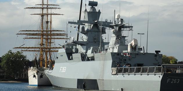 İsrail'den alınan açık deniz devriye gemisi Larnaka limanına ulaştı