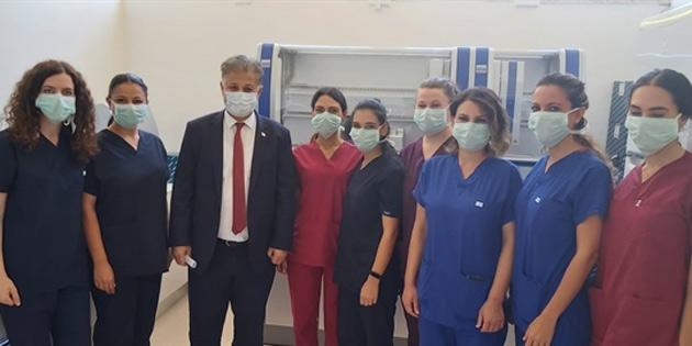 Sağlık Bakanı Pilli, Lefkoşa Dr Burhan Nalbantoğlu Devlet Hastanesi DNA laboratuvarını ziyaret etti