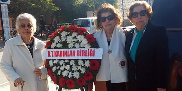 KADINLAR BİRLİĞİ'NDEN ATATÜRK ANITI'NA ÇELENK