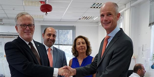 Kayıp şahıslar komitesi'ne 50 bin Euro bağış