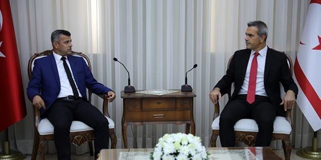Uluçay, Kadın Futbol Ligi Şampiyonu sporcuları kabul etti