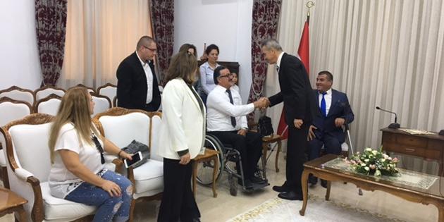 15 tekerlekli sandalye bağışlandı