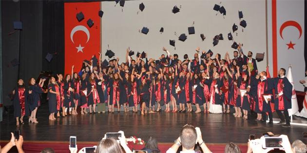 2017-2018 Bahar dönemi mezuniyet töreni yapıldı