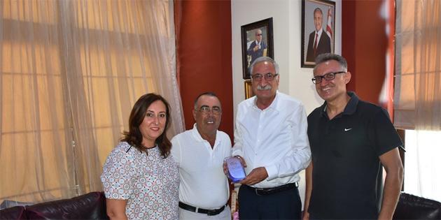 Girne Tenis Akademisi'ni kabul etti