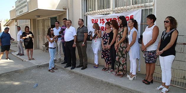 KTAMS, LEFKOŞA MOTORLU ARAÇLAR BİRİMİ'NDE GREV YAPIYOR