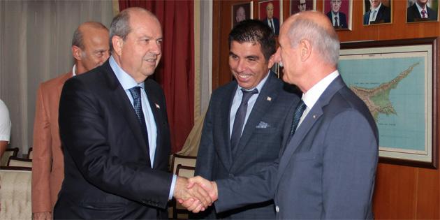 Başbakan Tatar, Türkiye ve KKTC Üniversite Sporları Federasyonlarını kabul etti