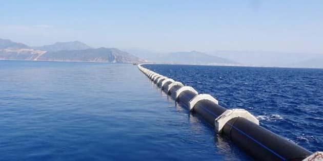 Türkiye'den gelen su yeni yerleşim birimlerine dağıtılmaya başlandı