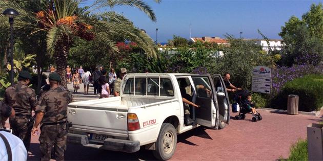 Patlamadan zarar gören Acapulco Otel'de tamir çalışmaları başladı