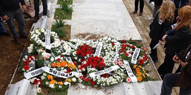 Şehit Ecvet Yusuf kendi mezarına defnedildi