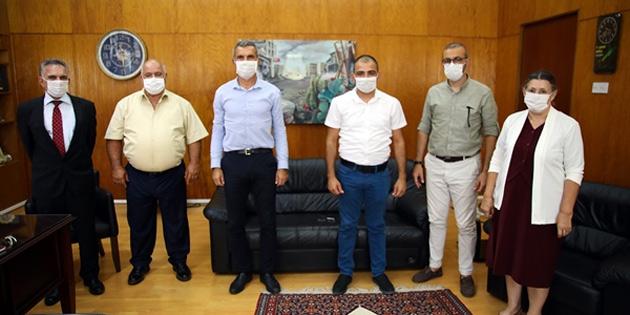 Meclis Başkanı Uluçay, Akıncılar-Lurucina Kapı İnisiyatifi üyelerini kabul etti