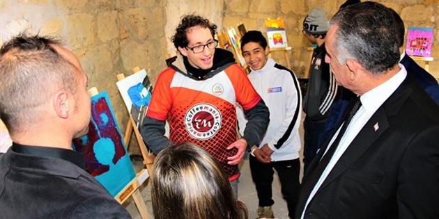 Bakan Çavuşoğlu, 4. Algım Görsel Sanatlar Sergisi'ni ziyaret etti