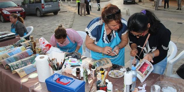 """""""Sokakta sanat var, sanata dokunuyoruz"""""""