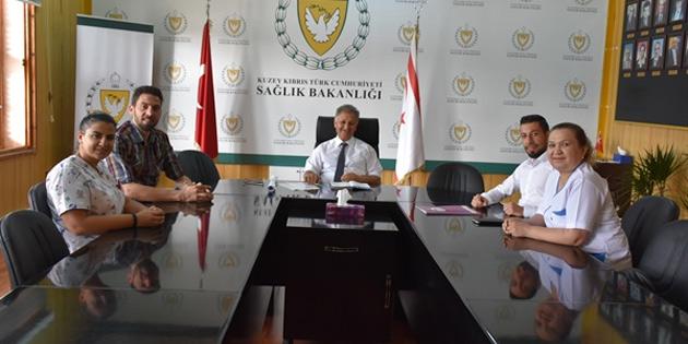 Sağlık Bakanı Ali Pilli, Kıbrıs Türk Hemşireler ve Ebeler Sendikası heyetini kabul etti