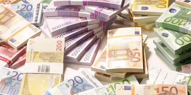 Komiteye 50 bin Euro bağış