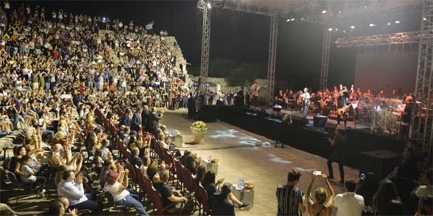 DAÜ 40. Yıl Senfonik Konseri, Salamis Antik Tiyatro'da gerçekleştirildi