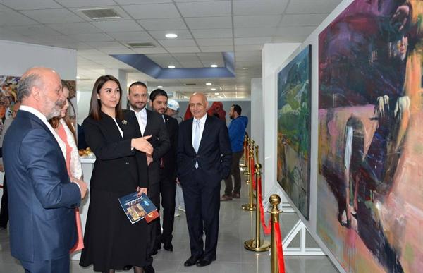Kazakistan ve Kırgızistan sanatçıları sergisi YDÜ'de açıldı