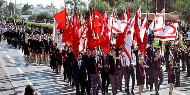Lefkoşa'da resmigeçit töreni yapıldı
