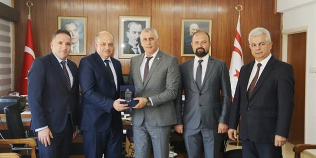 Maliye Bakanı Amcaoğlu, GAÜ heyetini kabul etti