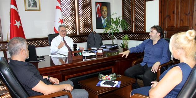 Turizm Bakanı Evren, KAMUSEN heyetini kabul etti