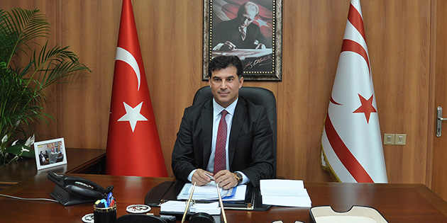 "BAŞBAKAN ÖZGÜRGÜN: ""RUM MECLİSİ'NİN KARARI PROVOKASYONLARIN DEVAMI"""